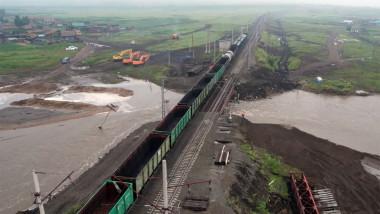 Traffic resumed along restored railway bridge in Russia's Transbaikal Territory
