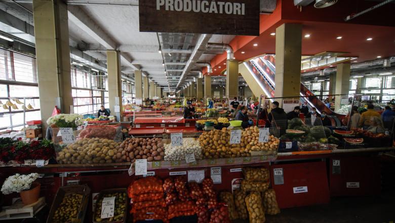 economie deschisa restrictii pandemie piata obor ID136962_INQUAM_Photos_George_Calin