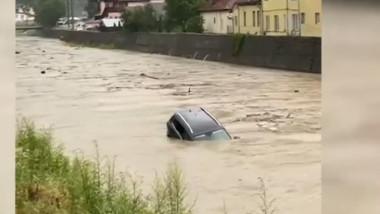 masina inundatii