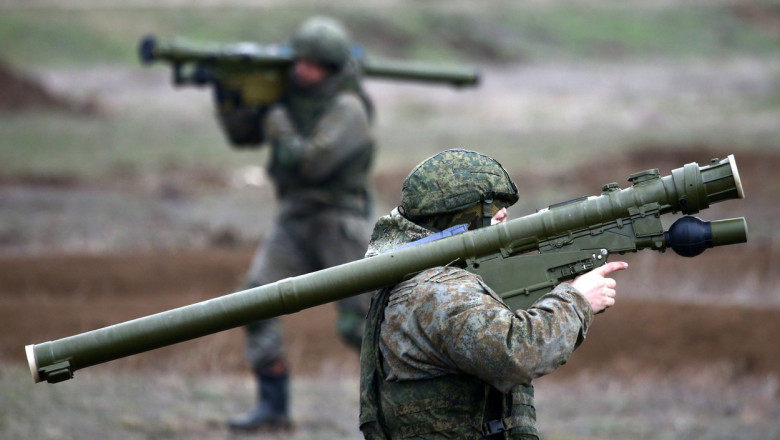 Units of Russian mountain air assault division hold exercise in Crimea