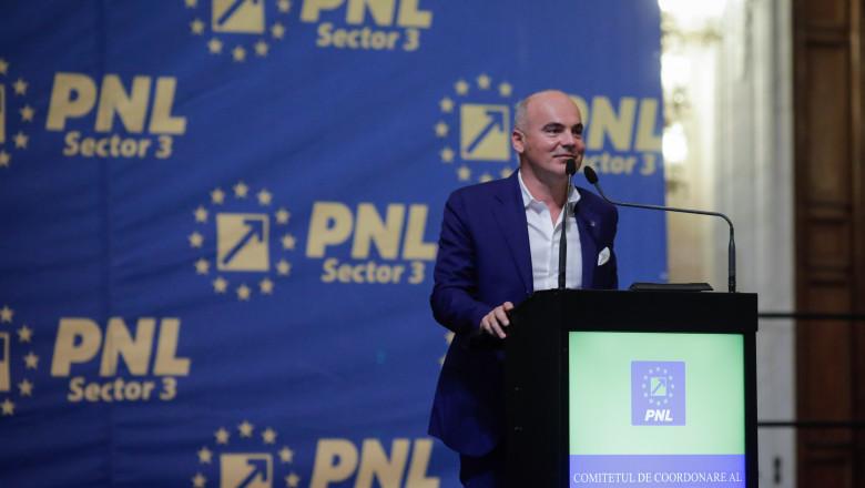 Cristian Ghinea răbufnește: Rareș Bogdan a făcut o măgărie, tehnocratul Boloș a lucrat mai politicianist decât mi-aș permite eu