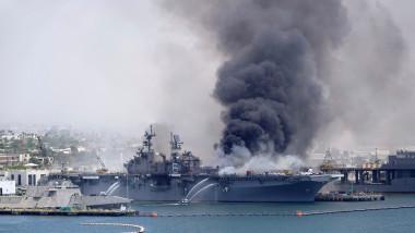 incendiu USS Richard Bonhomme