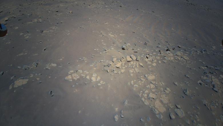 Imagini surprinse de elicopterul Ingenuity, pe Marte, în timpul ultimului zbor
