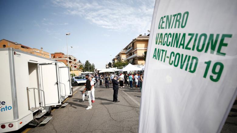 Un centru de vaccinare anti-Covid-19 la Roma