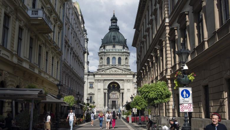 biserica sf stefan din budapesta vazuta dinspre strada Zrinyi