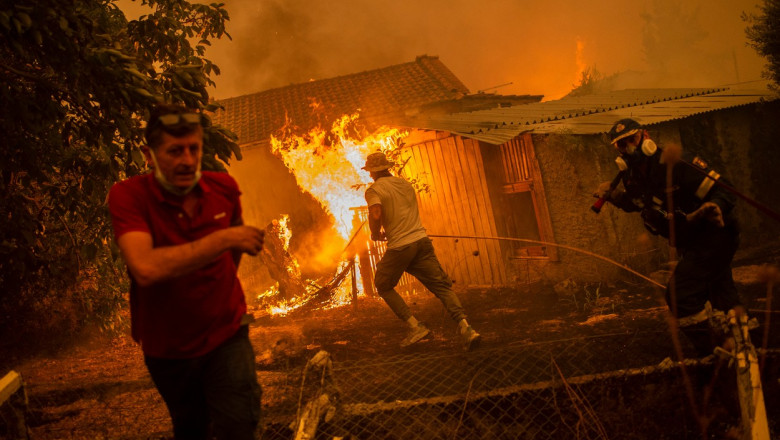 12 zile de haos în Grecia