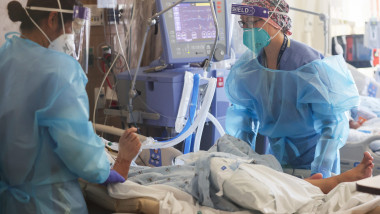 medici spital ati coronavirus covid gettyimages