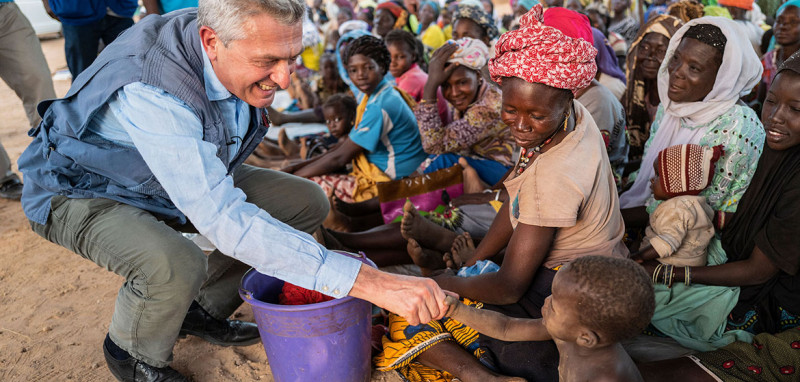 UN High Commissioner for Refugees Filippo Grandi meets internally displaced Burkinabe in the town of Kaya in Burkina Faso's Centre-North region.