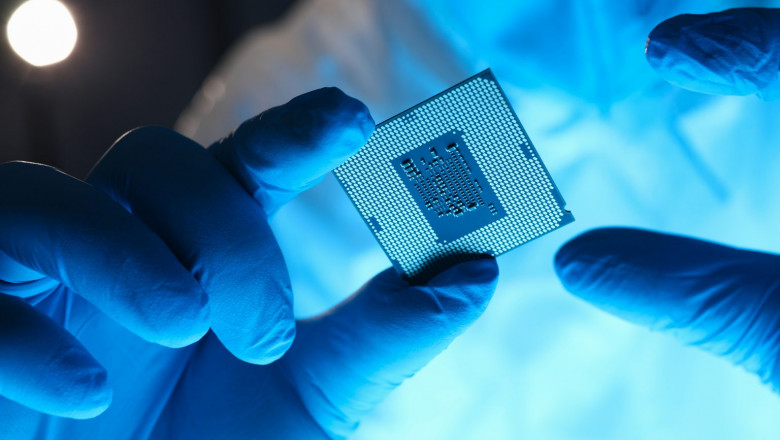 GettyImages-semiconductor-1536x1024