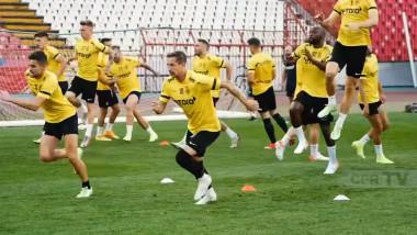 Jucători de la CFR Cluj la antrenament.