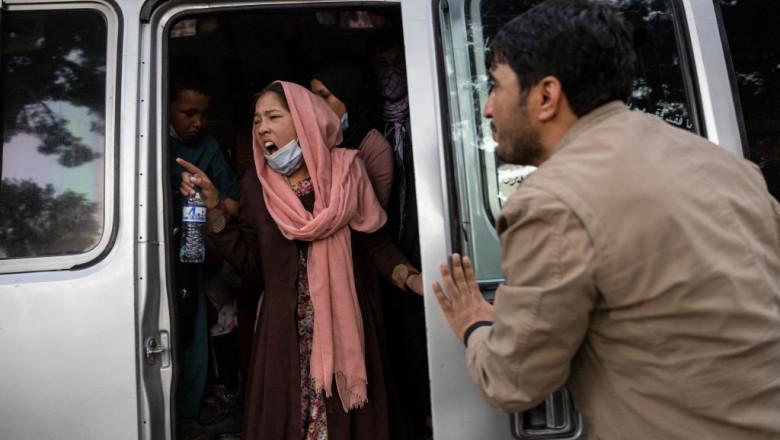 femei afganistan