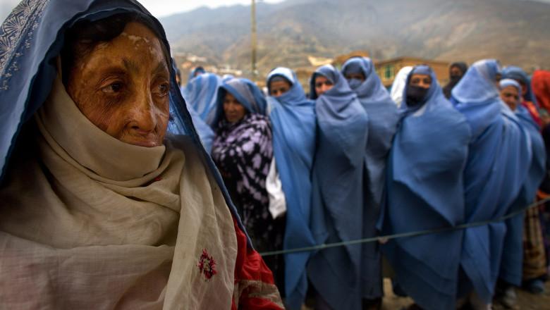 femei din afganistan