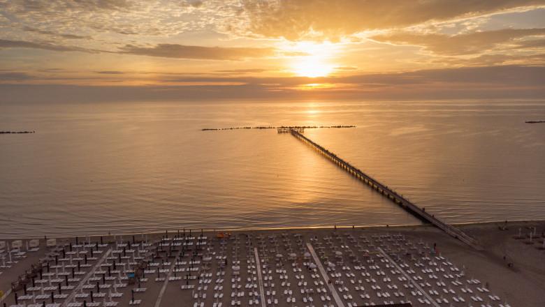 apus de soare pe mare in mamaia