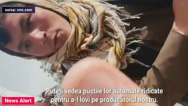 taliban filmat cu telefonul mobil in timp ce se apropie amenintator de echipa cnn