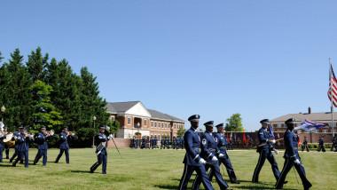 militari americani într-o bază din washington dc