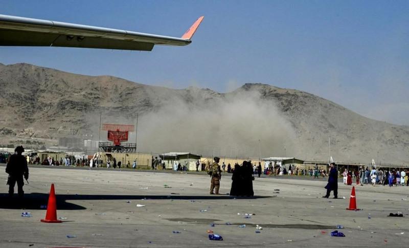 explozie aeroport kabul