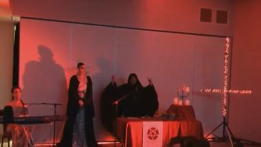 Televizunea publică australiană a difuzat imagini cu un ritual satanist în timpul unui reportaj despre câîni polițiști