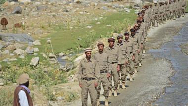 sir de barbati in uniforma in valea panjshir