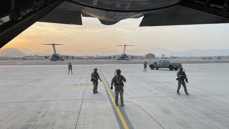 Aeroportul din Kabul.