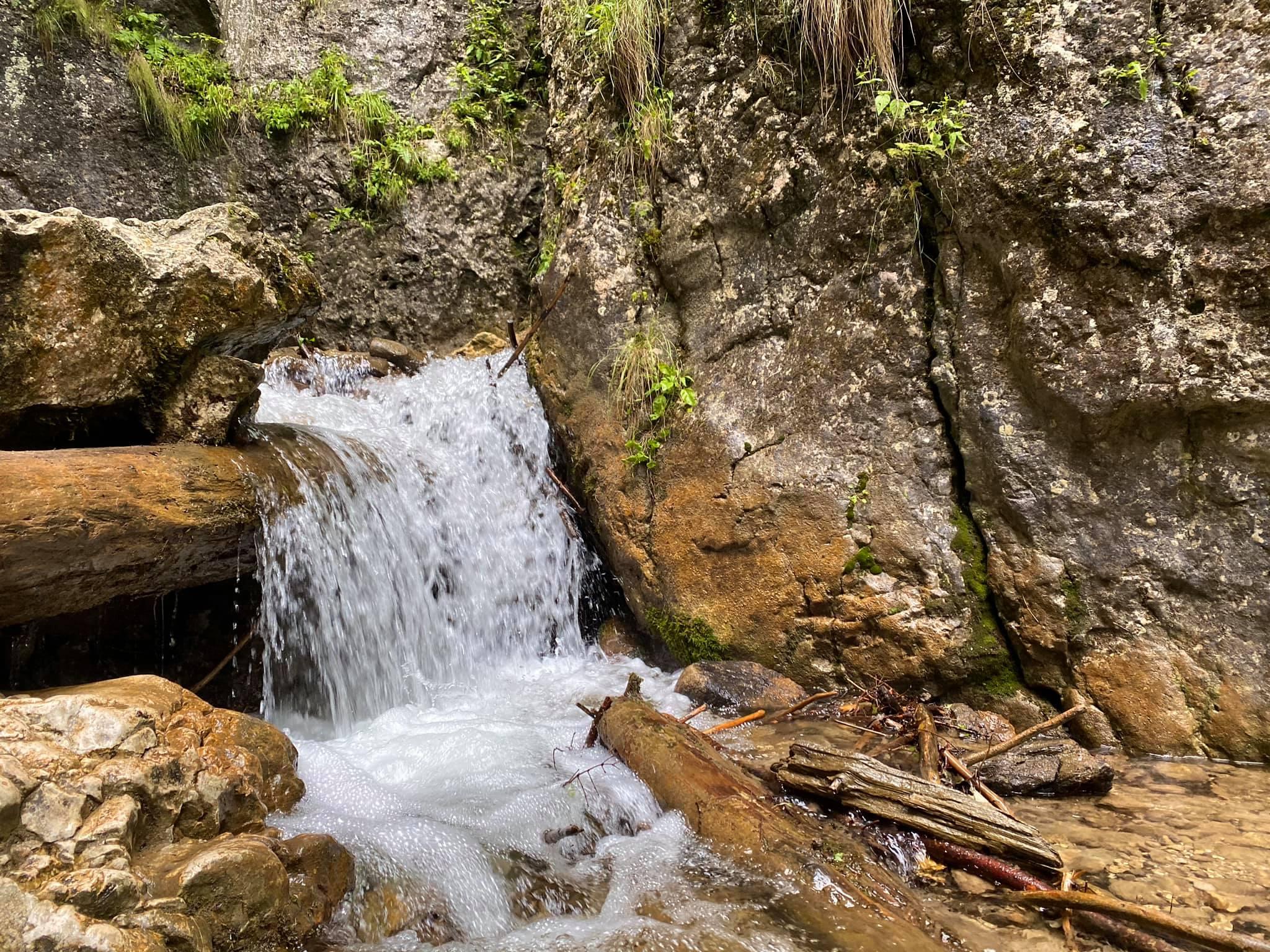 cascada-tamina-fb-gabriela-andronescu.jpg1