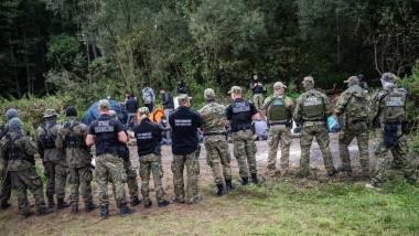 politia de frontiera si migranti la frontiera dintre Polonia si Belarus