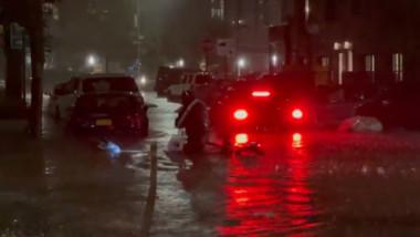 curier în ploaie in brooklyn