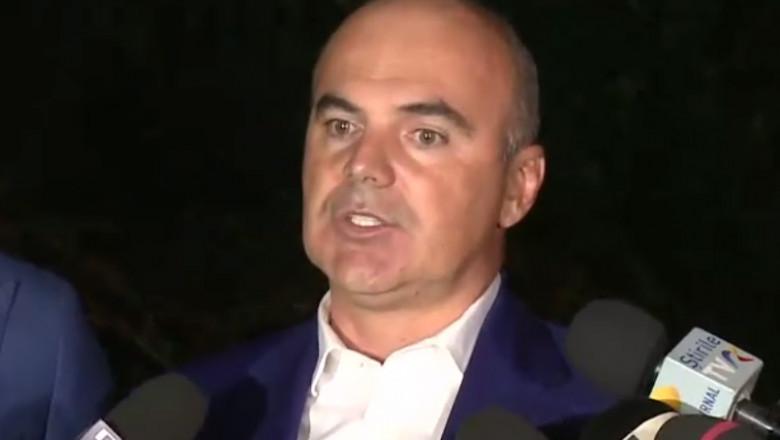 Rareș Bogdan face declarații.