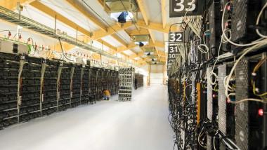 O fermă de minat Bitcoin