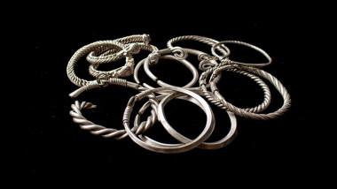 bijuterii de argint vechi de sute de ani