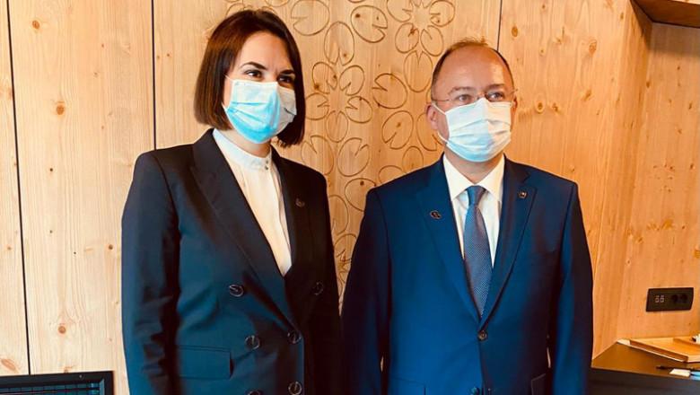Svetlana Tihanovskaia și Bogdau Aurescu la Forumul Strategic de la Bled