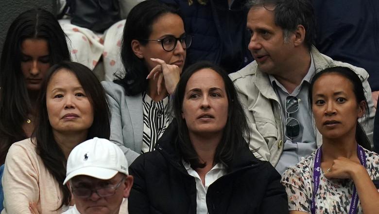 Părinții jucătoarei de tenis Emma Răducanu, Ian Răducanu (dreapta) și Renee Răducanu (stânga). Foto: Profimedia