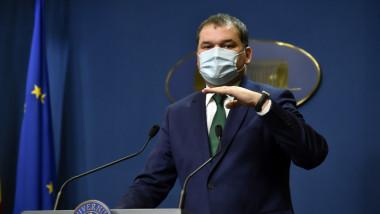 Ministrul interimar al Sănătății, Cseke Attila, la o conferinta