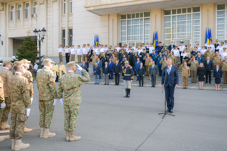 ioahnnis-drapel-spitalul-militar-presidency.jpg5