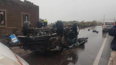 Mașină răsturnată de o tornadă pe insula pantellerie din Sicilia