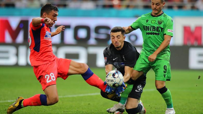 Fază de joc din FCSB - Dinamo.