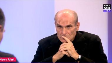 Gazetarul Cristian Tudor Popescu.