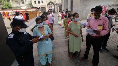 Sute de mii de candidați au participat la Testul de Eligibilitate pentru Profesorii din Rajasthan (REET)