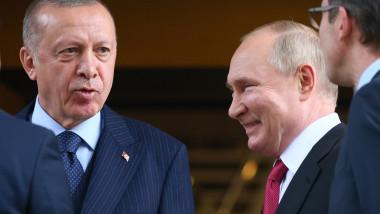 Putin râde lângă Erdogan