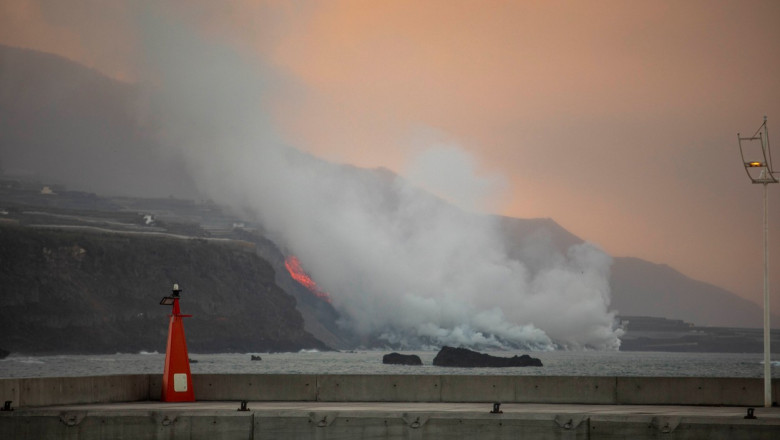 La Palma volcano begins to form a lava delta after reaching the sea