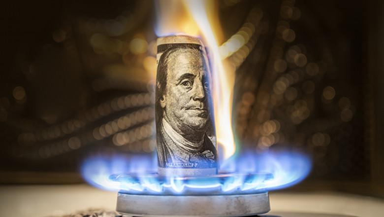 dolar care arde