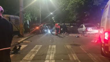 masini avariate in urma unui accident in bucuresti