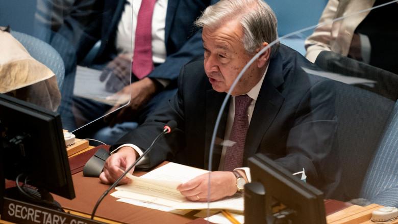Secretarul general al ONU i-a îndemnat pe tineri să se facă auziţi pentru ca ţările dezvoltate să-şi respecte promisiunile în ceea ce privește combaterea schimbările climatice.