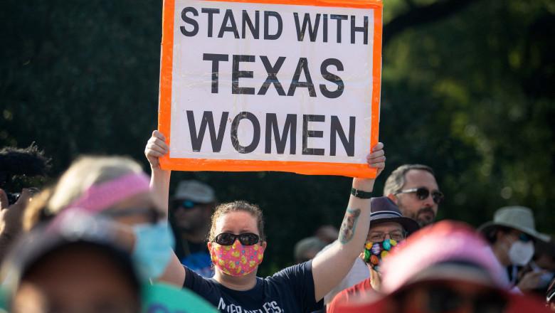 protest pentru dreptul la avort