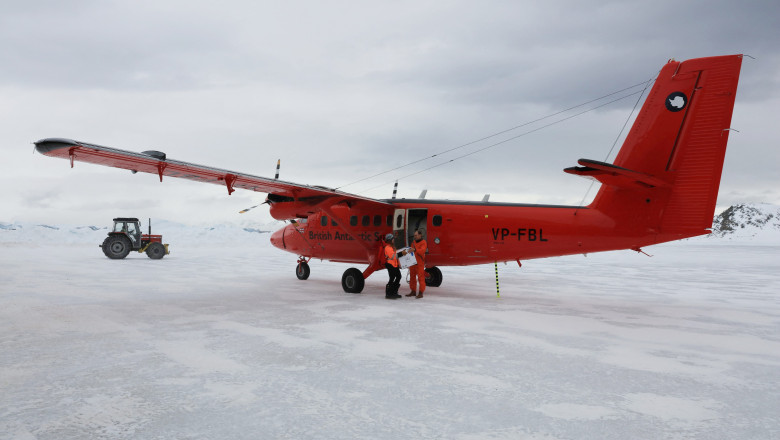 Vaccinul anti-Covid a ajuns și la Polul Sud