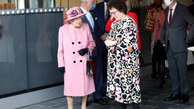 Regina Elisabetta și Elin Jones