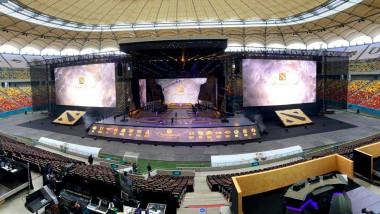 Ecrane uriașe pe Stadionul Național la Campionatul Mondial Dota 2.