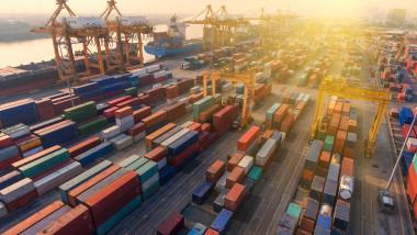port aglomerat de containere