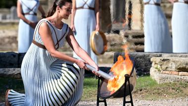 ceremonia de aprindere a flacarii olimpice