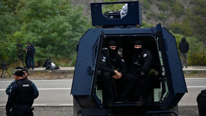 Kosovo police special unit prepare to leave the area near the border between Kosovo and Serbia in Jarinje on October 2, 2021