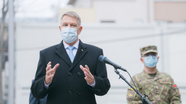 Președintele Klaus Iohannis. cu masca